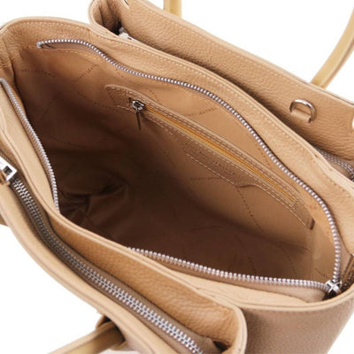 Inside view. Tulipan Genuine Leather Bag - Champagne. Made in Italy