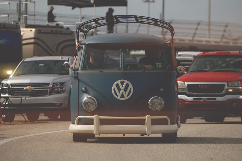 vintage VW bus at daytona beach