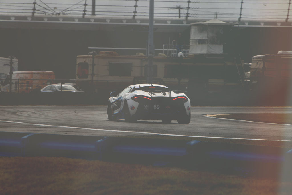 mclaren gt4 at daytona