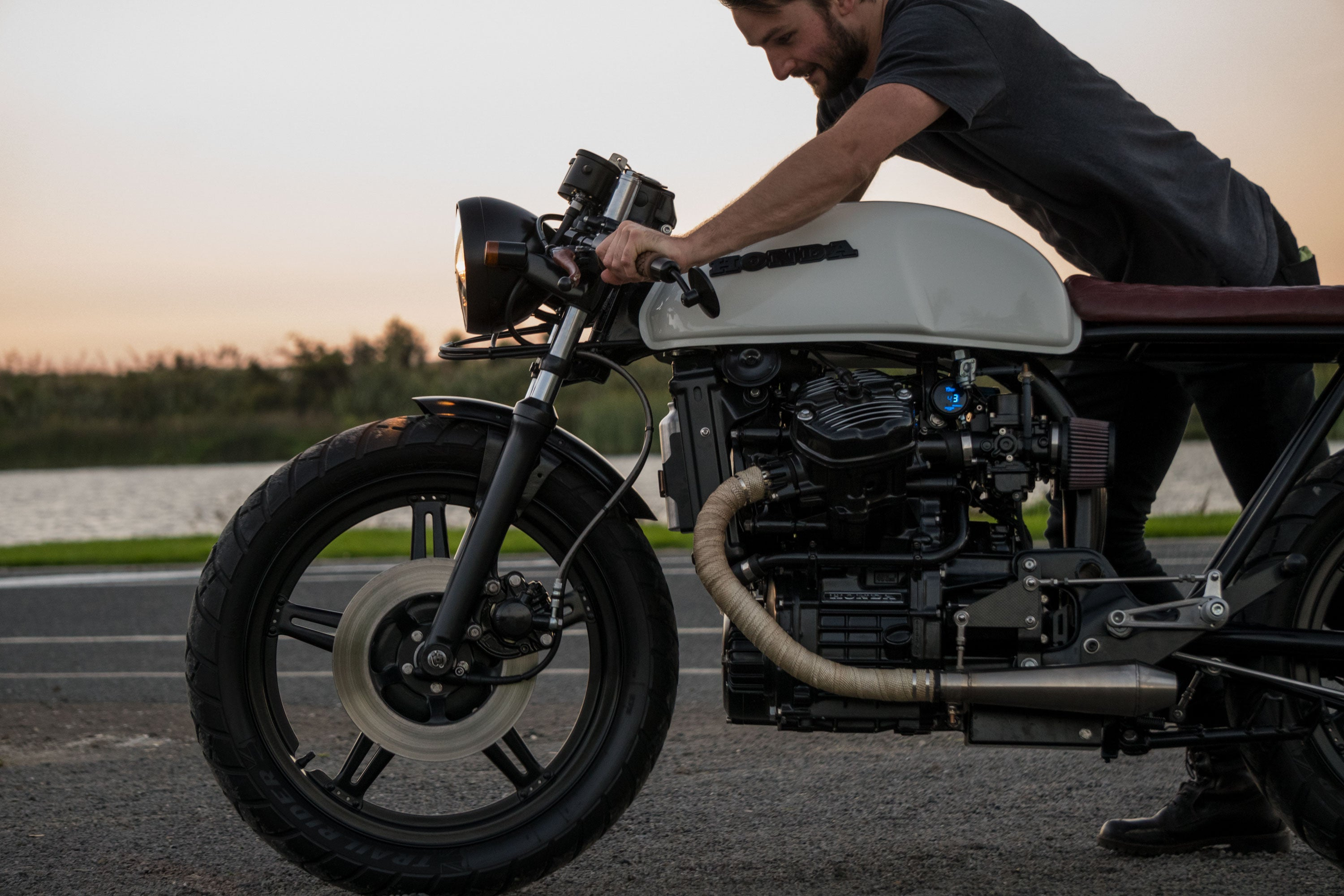 Honda CX500 Cafe racer scotch and iron