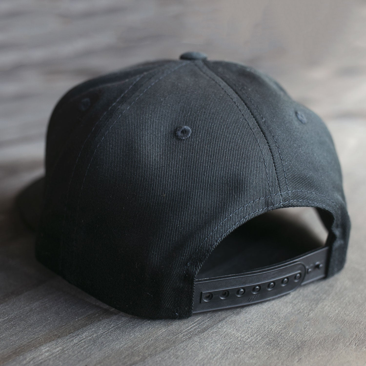 18-Year Logo Black Solid Back