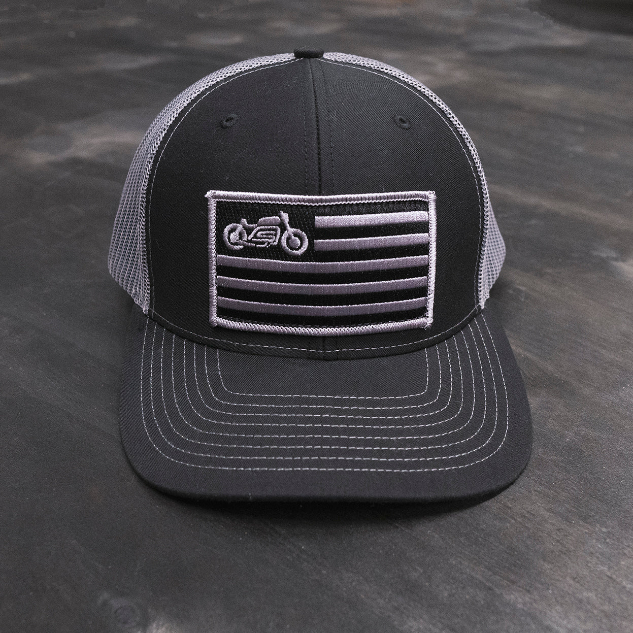 motorcycle & cafe racer flag inspired patch hat
