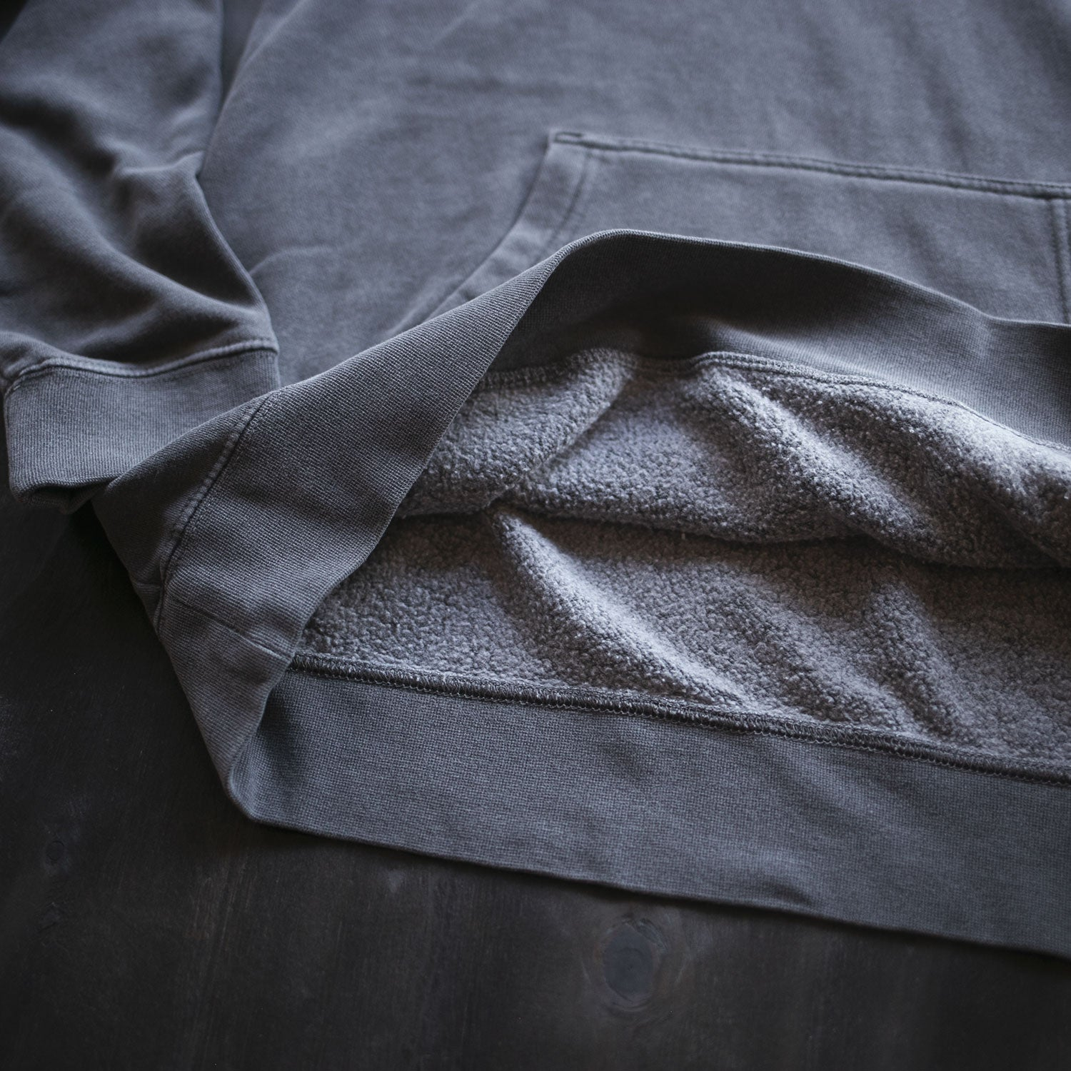 United Moto Garment Dyed Pullover