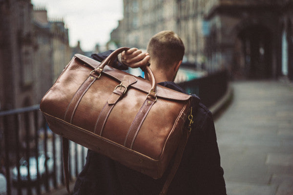 Ultimate Guide to Canvas & Duffle Bags - 7 Best Duffle Bags for Weekend Gateaway
