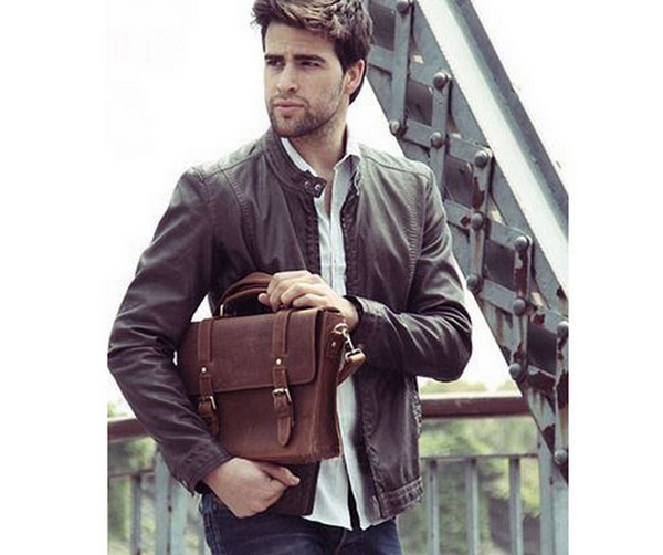 The leather messenger bag by Serbags