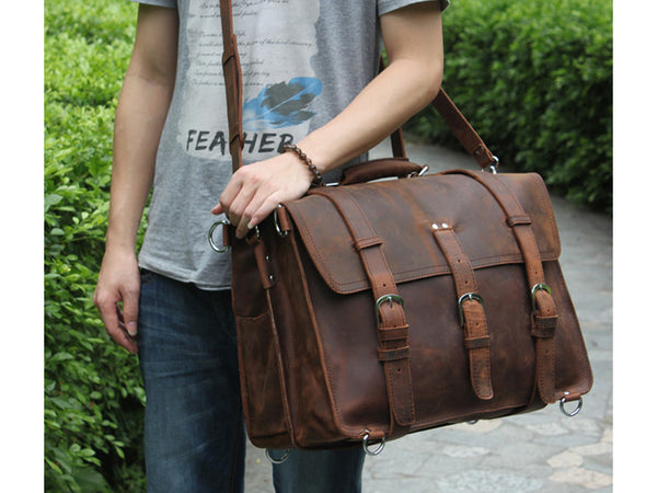 Man wearing dark-brown Selvaggio handmade leather briefcase & backpack