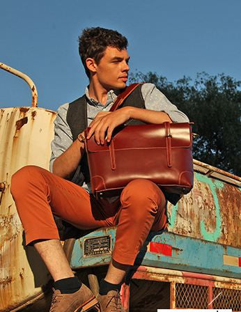 Reddish Brown Leather Messenger Bag with Classic Stitches and Smooth Thick Cowhide