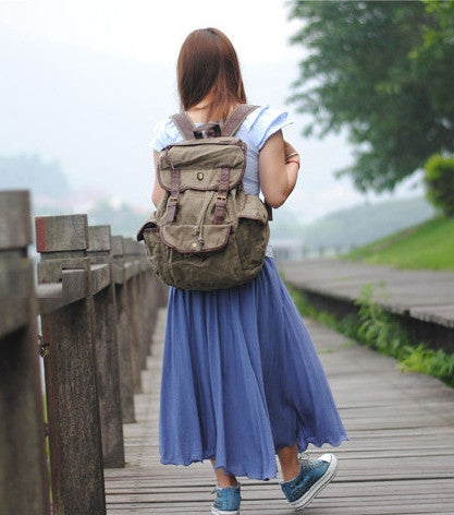 Stylish woman wearing the Serbags fashion canvas backpack