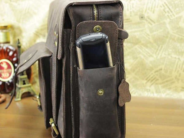 Business & Travel Large Solid Dark Brown Full Grain Leather Messenger Bag in Brass & Iron Details strap details