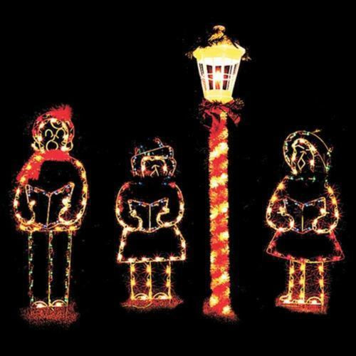 9' Three Carolers with Lamp Post