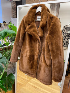 Apparis Virtual Trunk Show - Cross Zip Camel