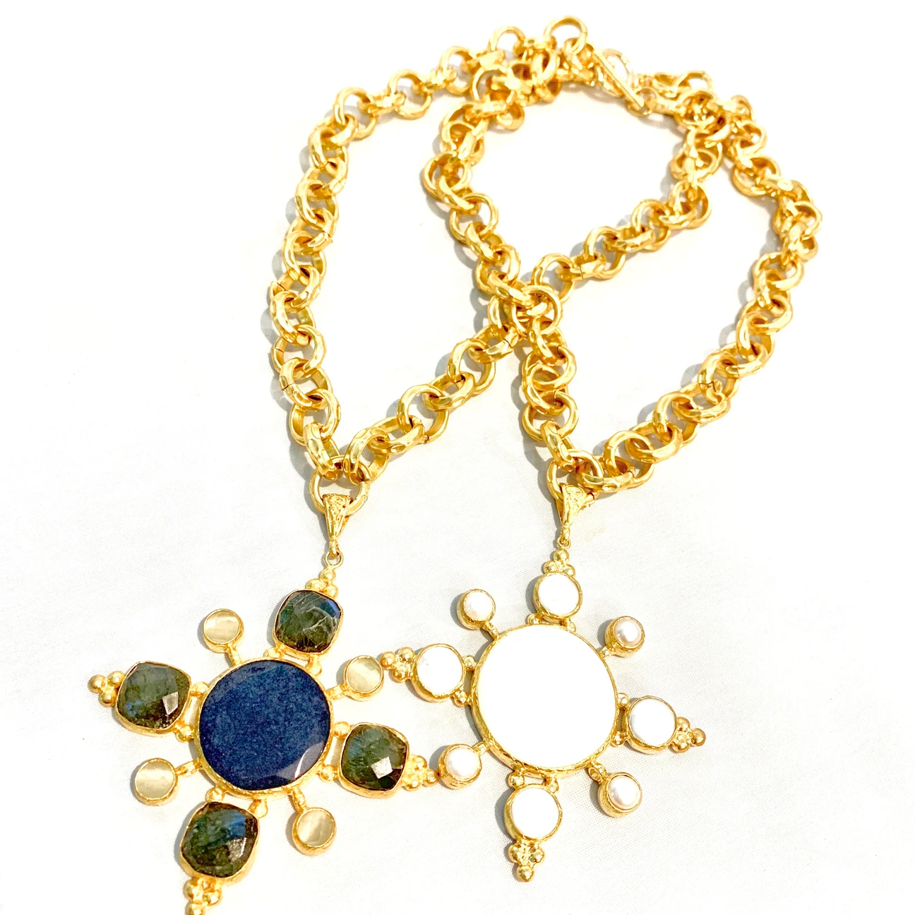 Deux Amies Jeweled Floral Pendant