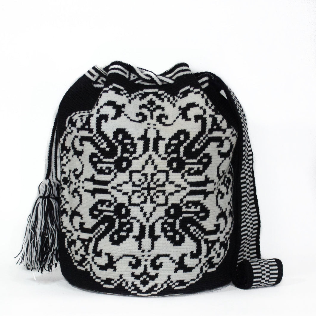 Noir Cayena Bag