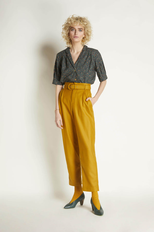 Slim Pleated Trouser