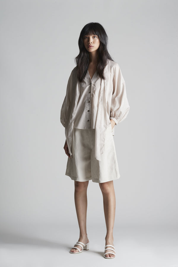 Pleated Shorts in Linen