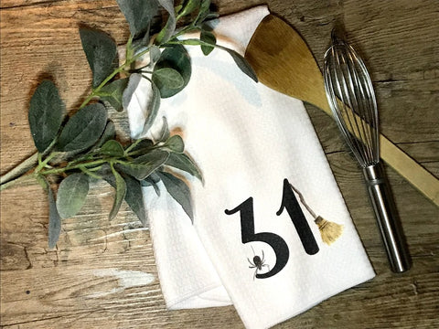 """31"" Decor Kitchen or Bathroom Towel"