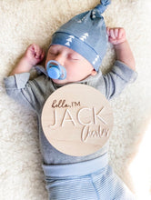 Load image into Gallery viewer, Birth Announcement Round Wood Sign - First and Middle Name
