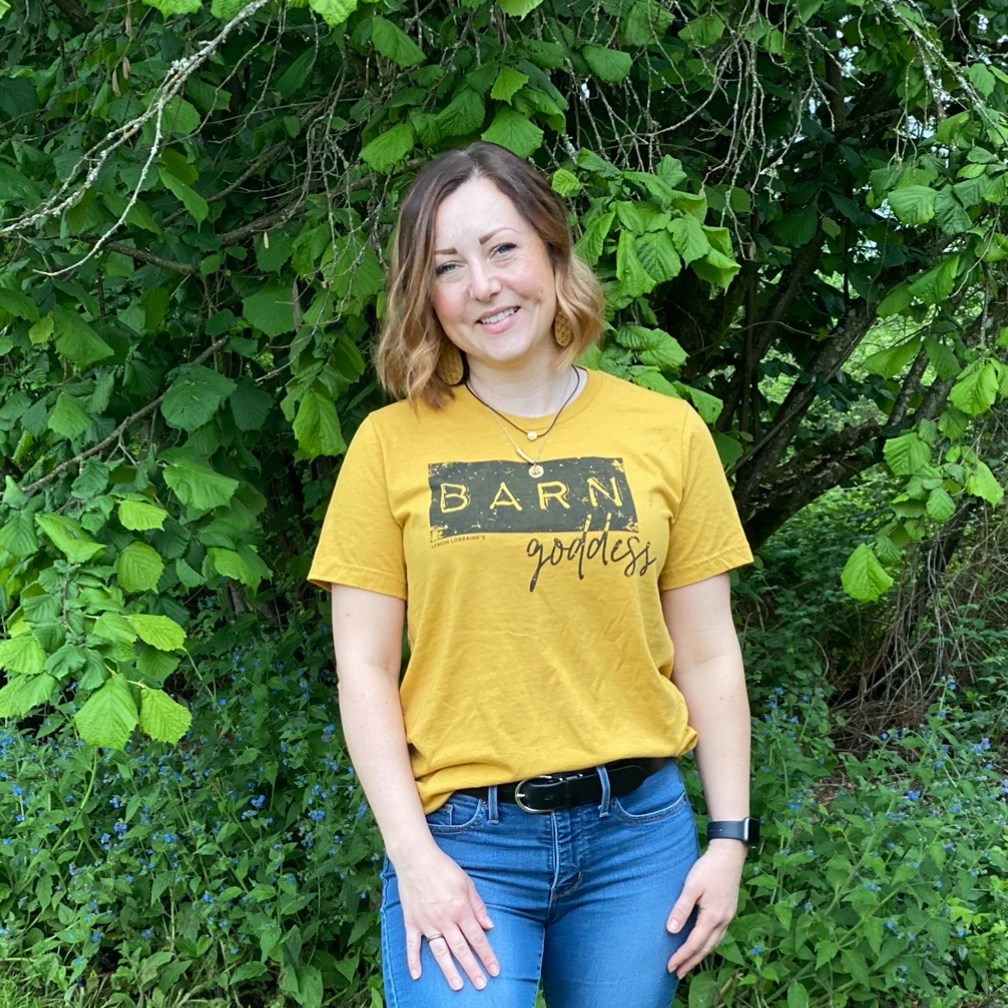 BARN GODDESS t-shirt