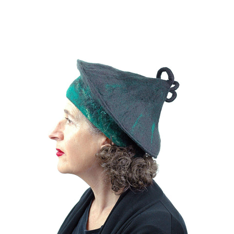Black and Green Felted Beret with Curlicue on Top - side view