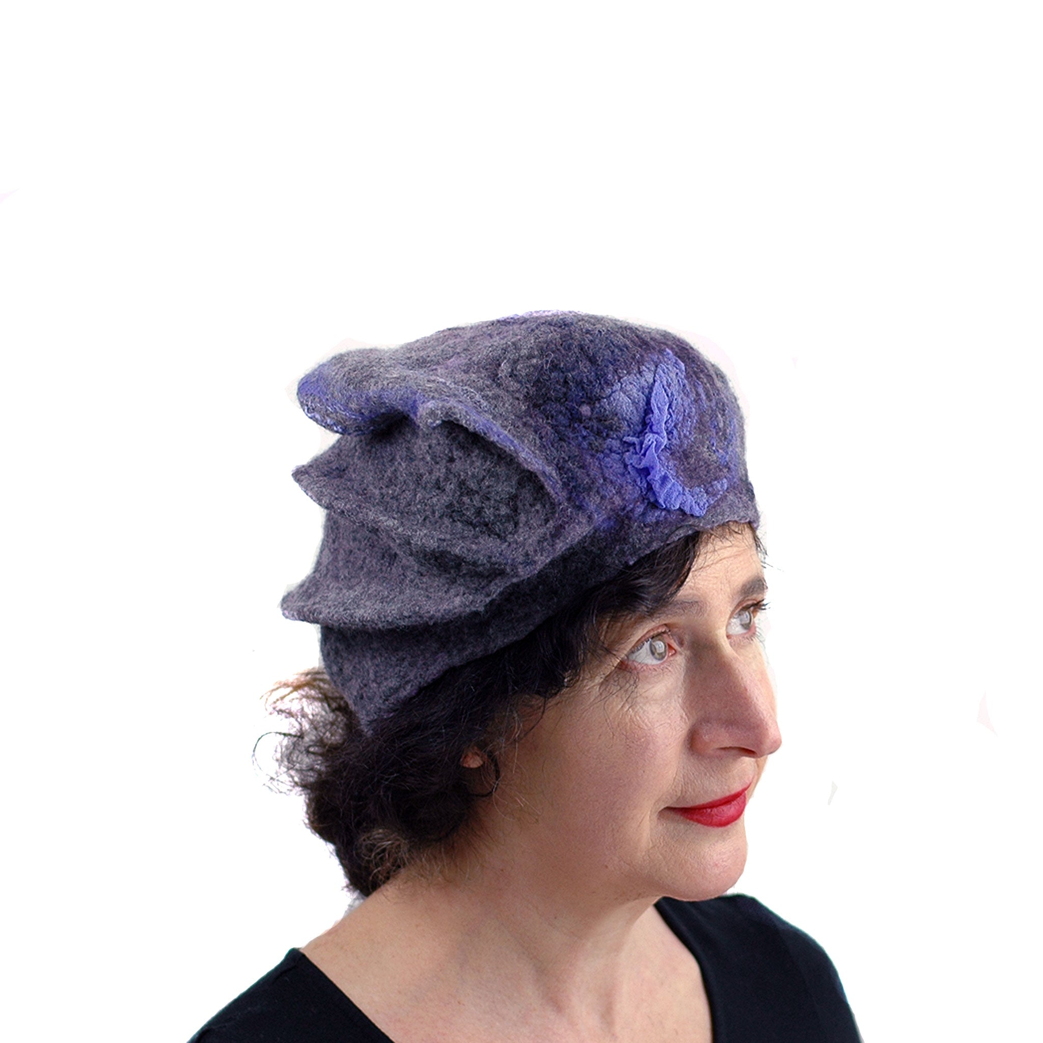 Gray Gotland Wool Beret with Purple Ruffle - three quarters view
