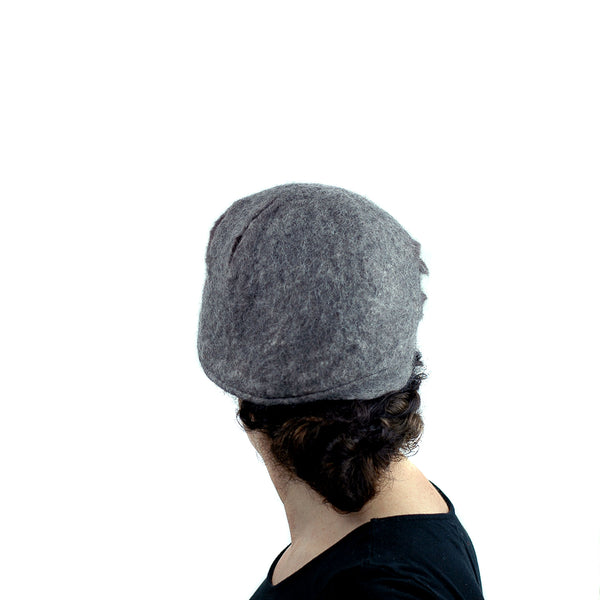 Simple Gray Gotland Wool Beret - back view