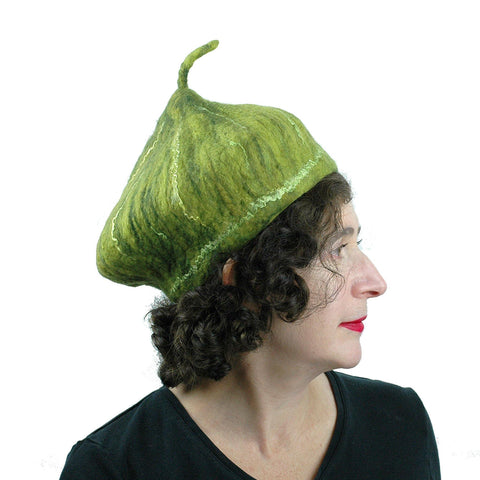Small Sized Fig Hat in Green - side view