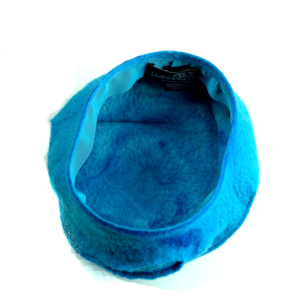 Turquoise Blue Beret with Concentric Circles / Fibonacci Rose on Top - interior