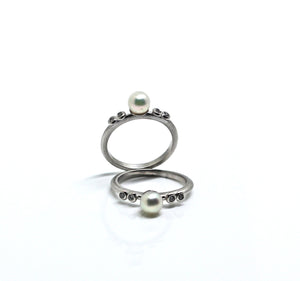 Joan Ring - Mitos Jewellery