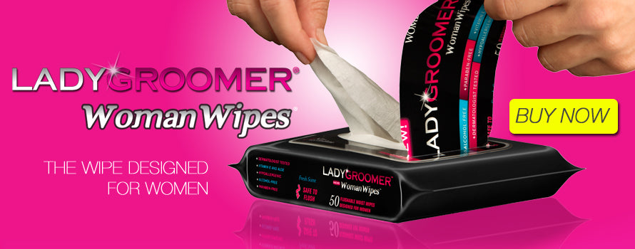 Lady pulling LADYGROOMER Woman Wipes from pack