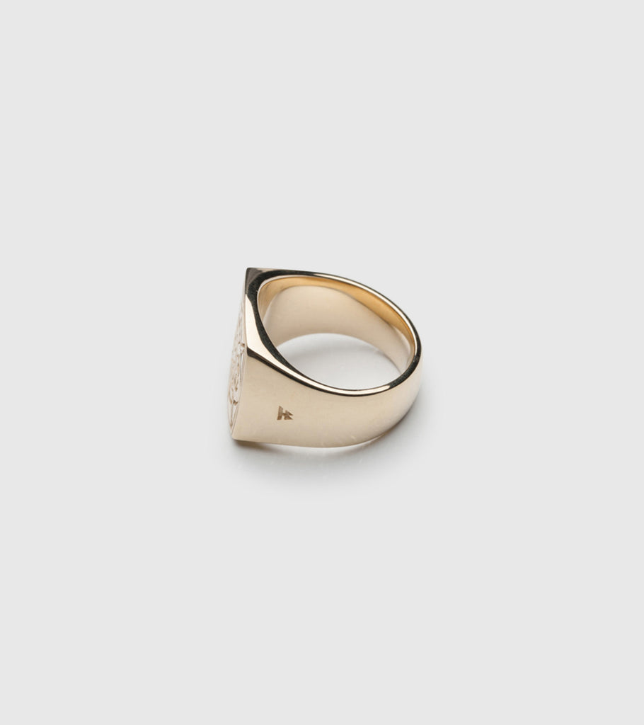 Eternity Ring Gold – Tom Wood