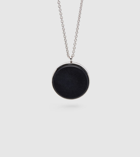 Medallion Black Onyx