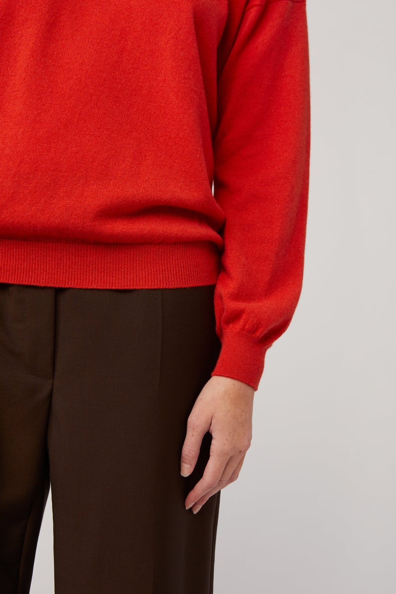 The Classic Crew Neck, Lacquer