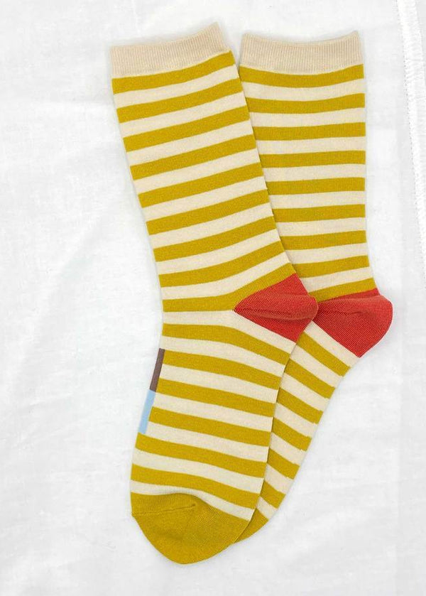 Ribbed Hem Crew Socks