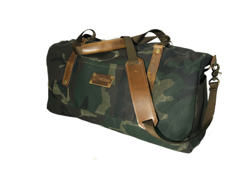 Wax Canvas Weekender Bag in Camo