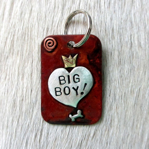 dog tag with heart that says 'BIG BOY!""