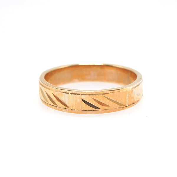 Custom Made 18K Yellow Gold Engraved Gents Wedding Band