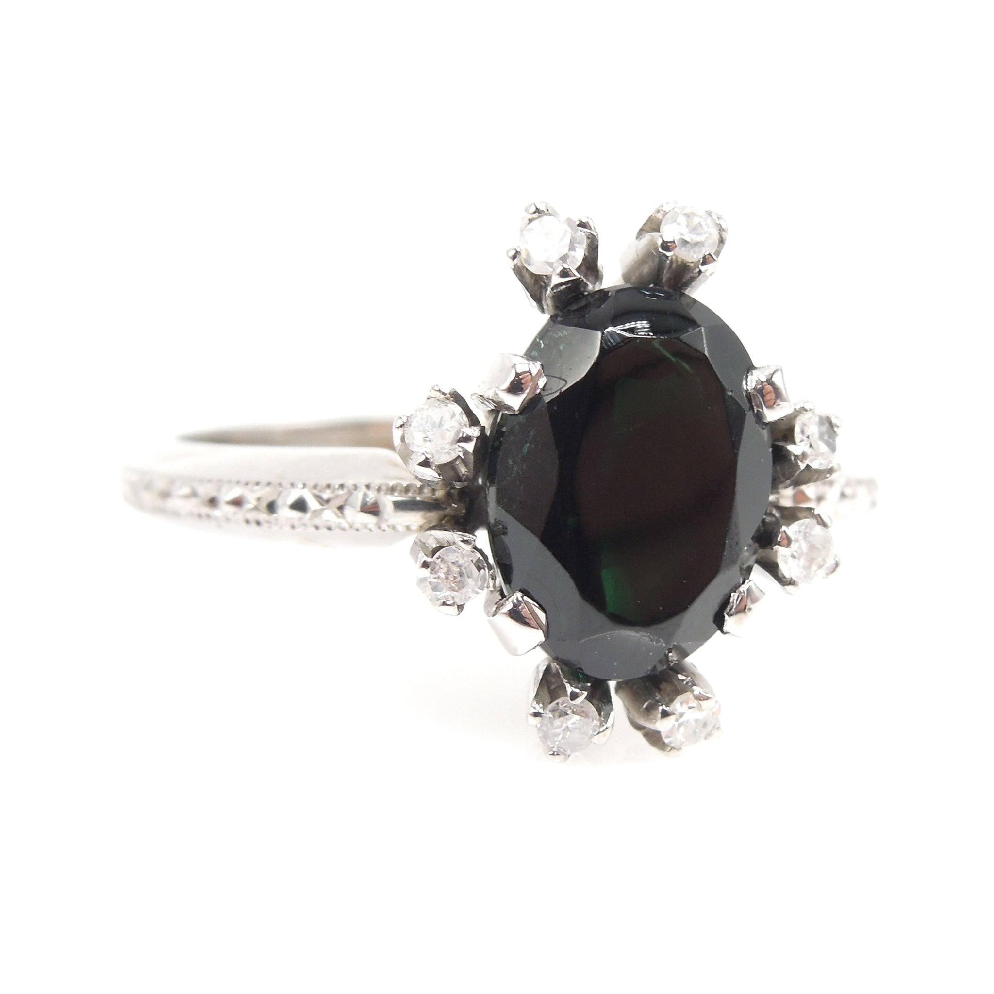 Oval Tourmaline Ring in White Gold with Diamond