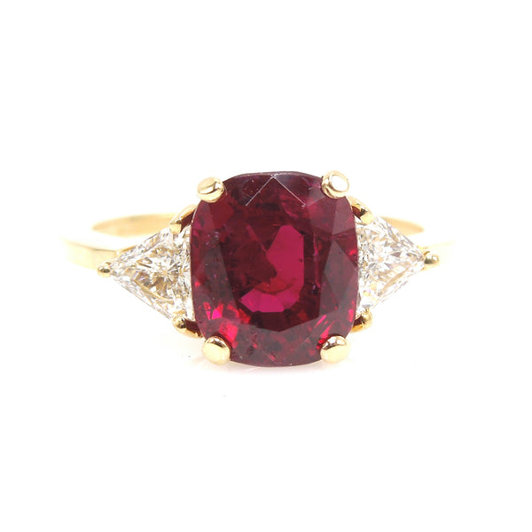 3.58 Carat Fine Burmese Ruby in 18K Yellow Gold Mounting with Triangle Cut Diamonds