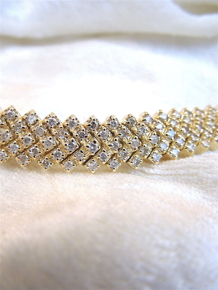 18K Yellow Gold and Diamond Bracelet for a Small Wrist