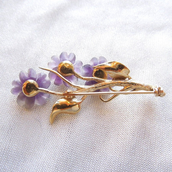 18K Yellow Gold, Amethyst, and Pearl Forget-Me-Not Flower Brooch