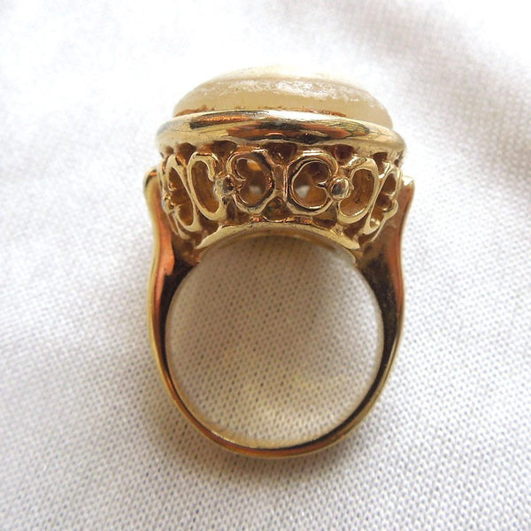Cameo in Yellow Gold Plated Ring with Filigree