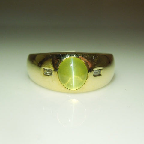 Vintage Man's Cat's Eye Chrysoberyl and Diamond Gold Ring