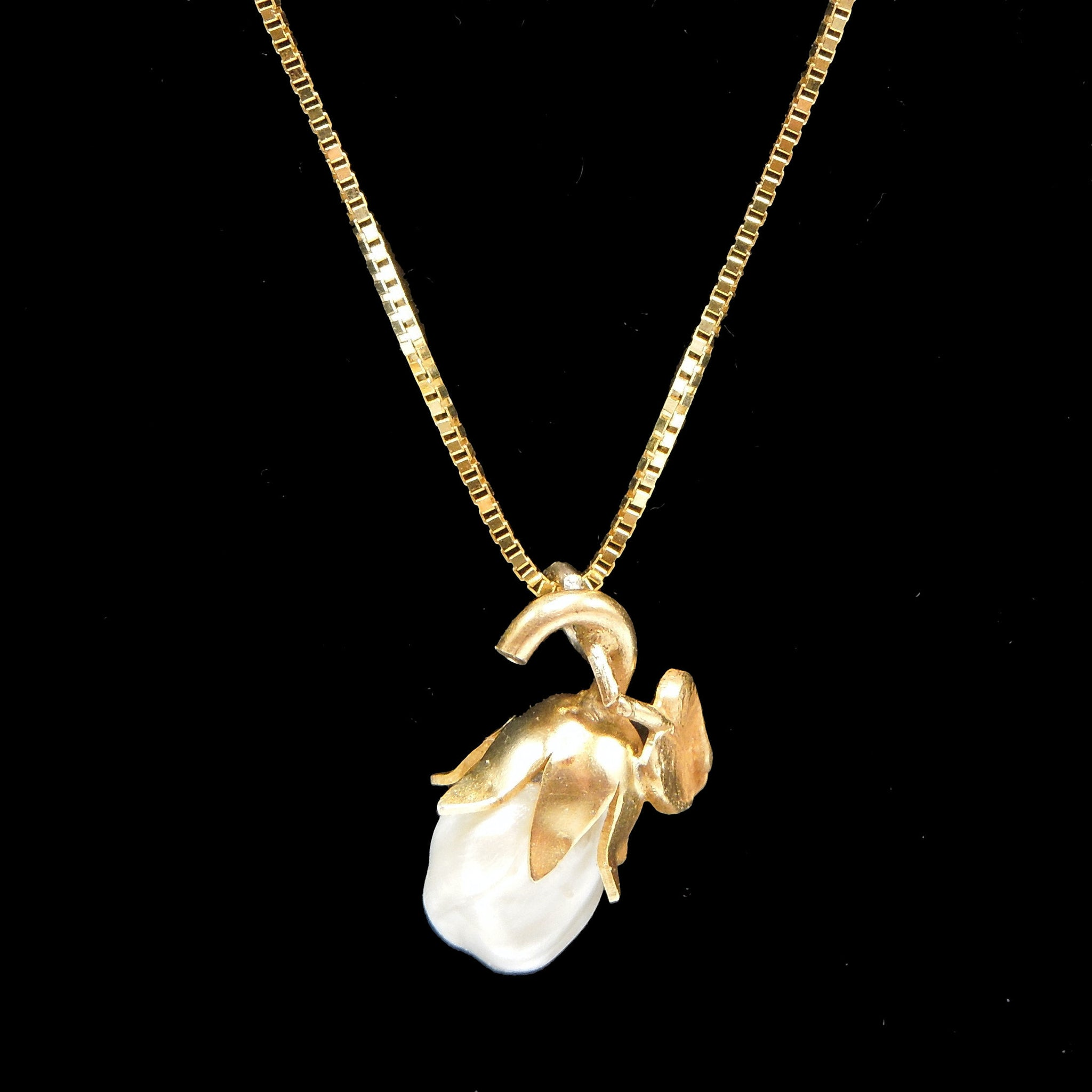 Victorian Gold Pear Pendant with Baroque Pearl Necklace