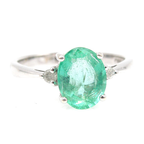 Large Light Oval Emerald (~1.8ct) in White Gold Mounting with Accent Diamonds