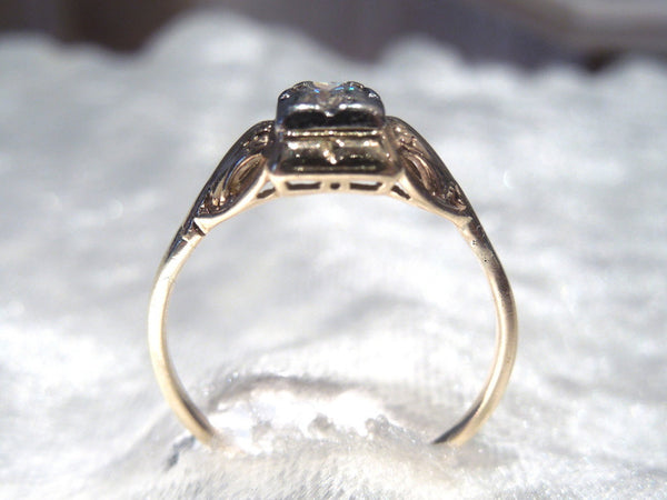 Original Retro Diamond Quarter Carat and Yellow Gold Ring