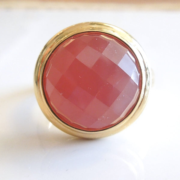 Checkerboard Faceted Agate Bezel Set in Yellow Gold
