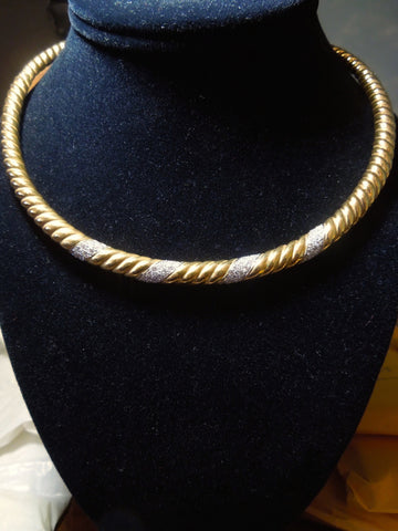 Rigid 18K Yellow Gold and Diamond Rope Collar Necklace