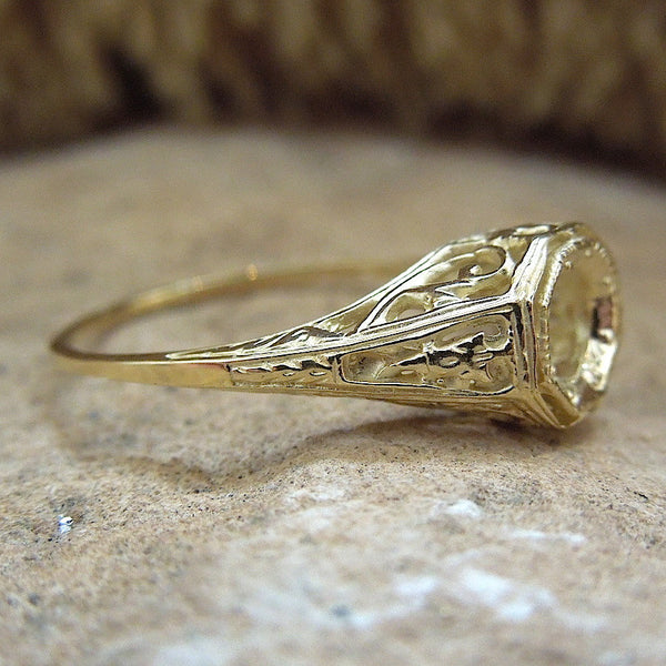 Edwardian Style White or Yellow Gold Filigree Mounting (4.5mm)