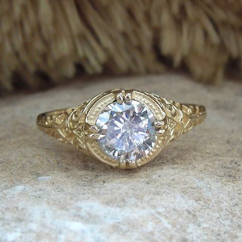 Edwardian Style White or Yellow Gold Filigree Mounting for a Large Stone (7.5mm)