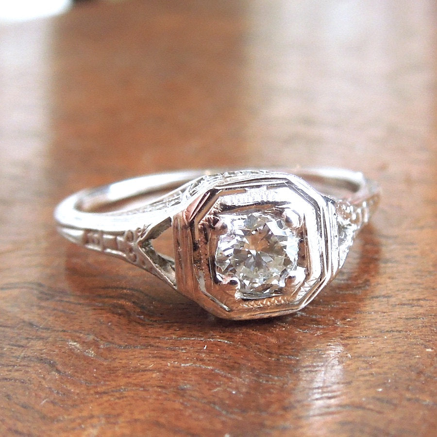 18K Art Deco Quarter Carat Diamond Engagement Ring
